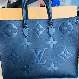 Louis Vuitton Empreint Giant onthego Black Tote